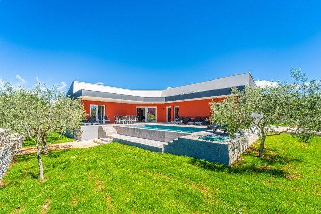 Ferienbungalow, Pool und Garten - Objekt 160284-334
