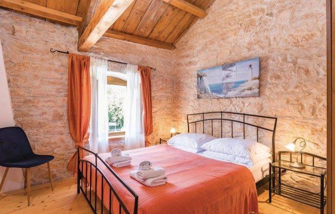 Schlafzimmer 1 - Bild 1 - Objekt 160284-185