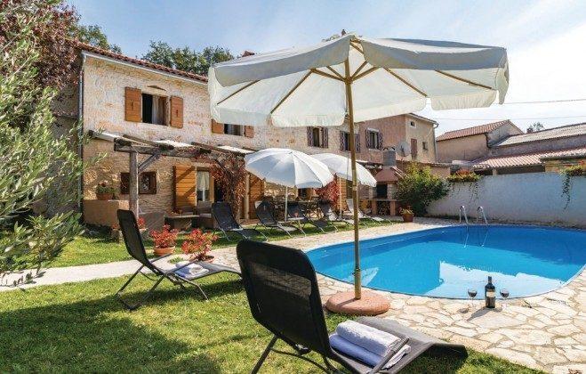 Ferienhaus und Pool Bild 1  - Objekt 160284-185