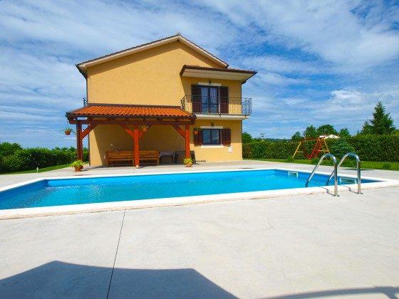 Haus und Pool - Bild 2 - Objekt 160284-299