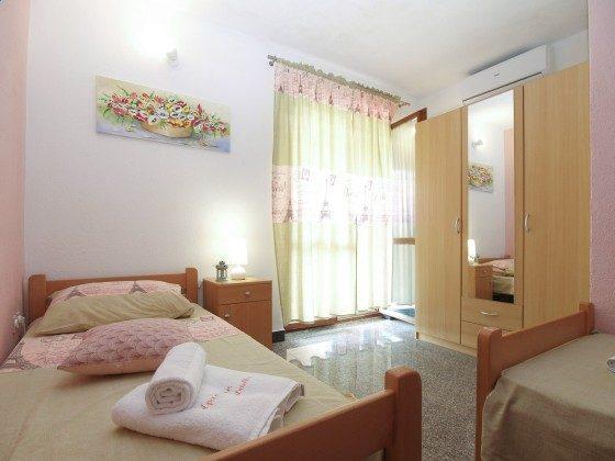 Schlafzimmer 3 - Bild 2 - Objekt 160284-325