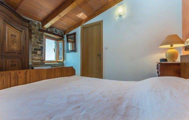 Schlafzimmer - Bild 2 - Objekt  225602-4