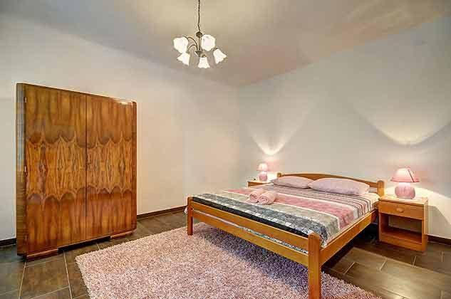 Schlafzimmer 3 - Bild 2 - Objekt 160284-103