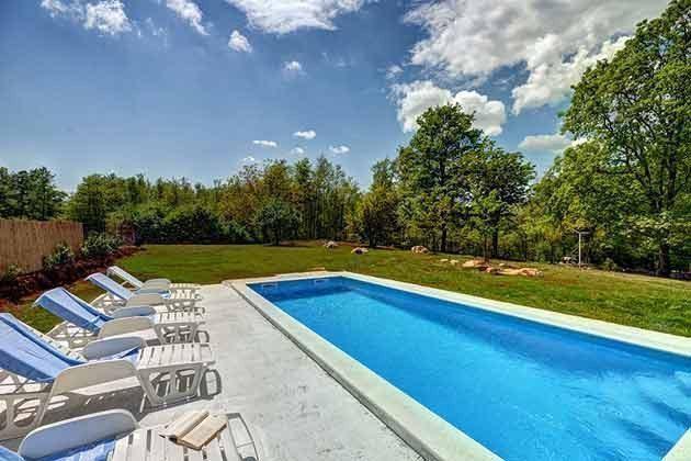Pool und Poolterrasse - Bild 1 - Objekt 160284-103
