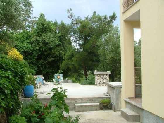 Blick auf die Terrasse des Hauses - Objekt 160284-120aus