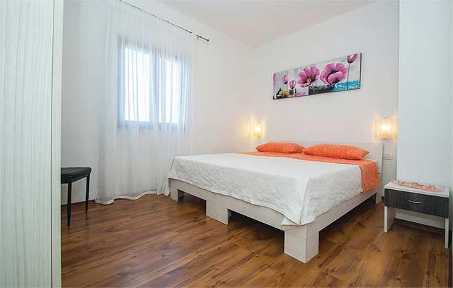 Schlafzimmer 1 - Bild 1 - Objekt 160284-137