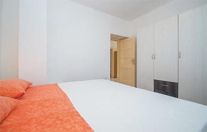 Schlafzimmer 1 - Bild 2 - Objekt 160284-137