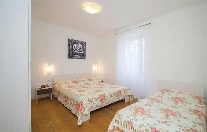 Schlafzimmer 2 - Bild 2 - Objekt 160284-137