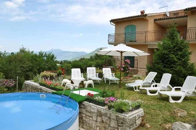 Ferienhaus in Ripenda mit Garten und Pool