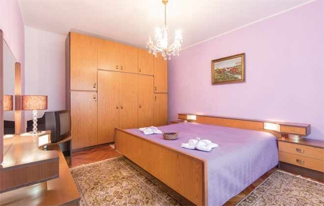Schlafzimmer 1 - Bild 1 -  Objekt 160284-133