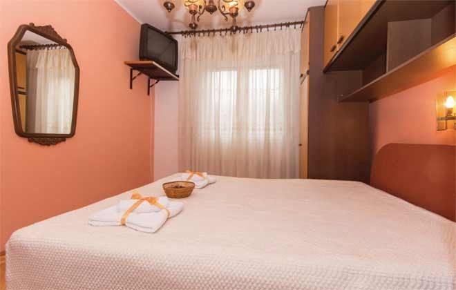 Schlafzimmer 2 - Bild 2 -  Objekt 160284-133