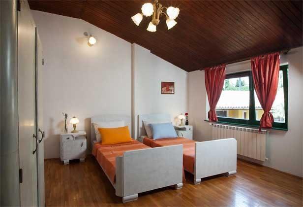 Schlafzimmer 2 - Bild 1 - Objekt 160283-206
