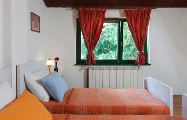 Schlafzimmer 2 - Bild 2 - Objekt 160283-206