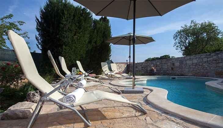 Pool und Poolterrasse - Objekt 160283-206