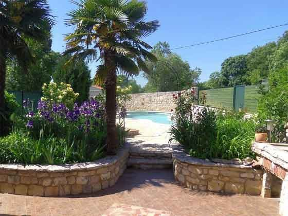 Gartenweg vom Haus zum Pool - Objekt 160283-206
