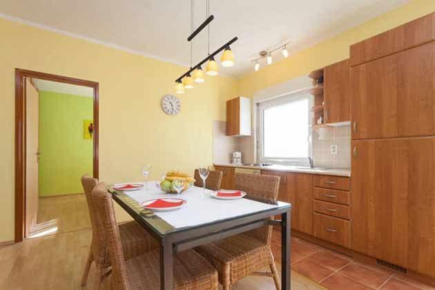 Esstisch und Küchenzeile - Objekt 160284-136