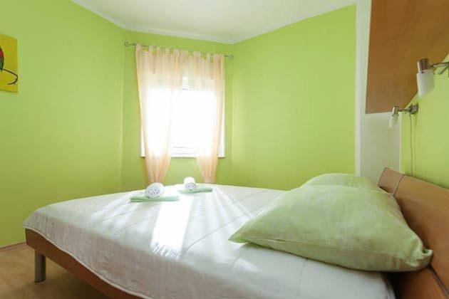 Schlafzimmer - Bild 2 - Objekt 160284-136