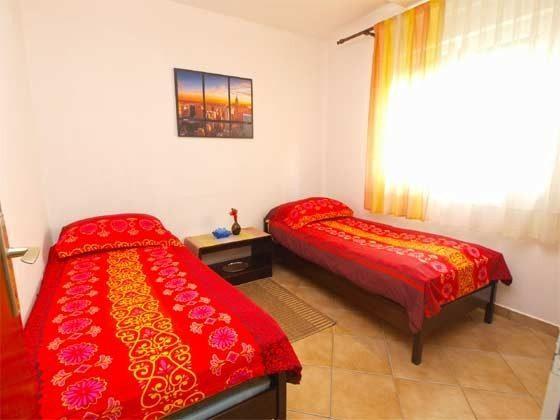 A1 Schlafzimmer 2 - Bild 1 - Objekt 160284-153