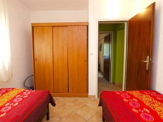 A1 Schlafzimmer 2 - Bild 2 - Objekt 160284-153