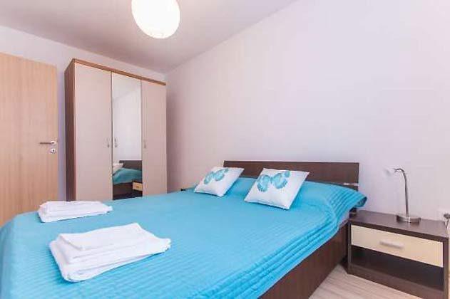 A2 Schlafzimmer 1- Bild 2- Objekt  160284-182