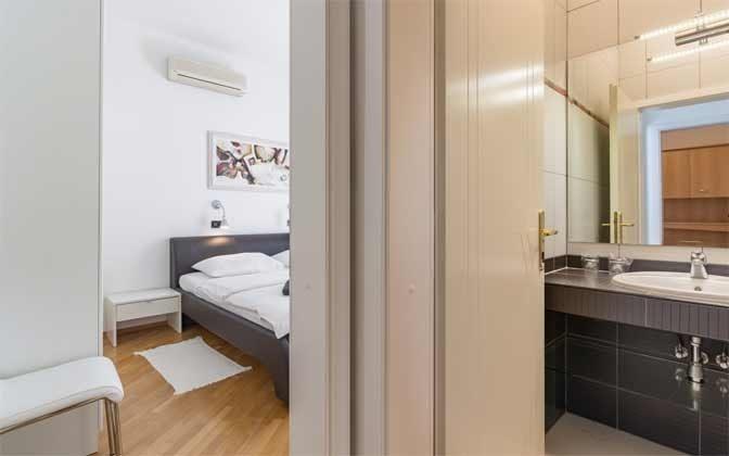 A6 Schlafzimmer 1 und Bad 1 - Objekt 160284-204