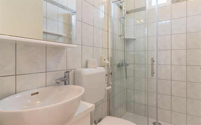 A8 Duschbad  1 von 2 - Objekt 160284-204