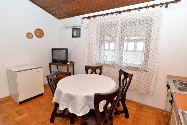 2. Stock Küche - Bild 2 - Objekt 160284-213