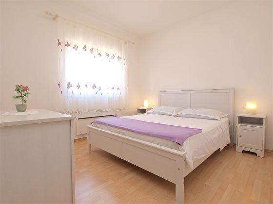 Schlafzimmer 1 - Bild 1 - Objekt 160284-239