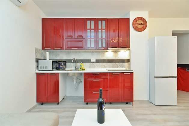 Küchenzeile Beispiel - Objekt 160284-247