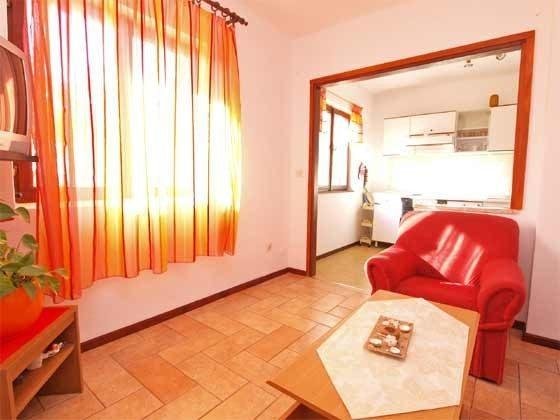 A2 Wohnzimmer mit Blick in die Küche - Objekt 160284-263