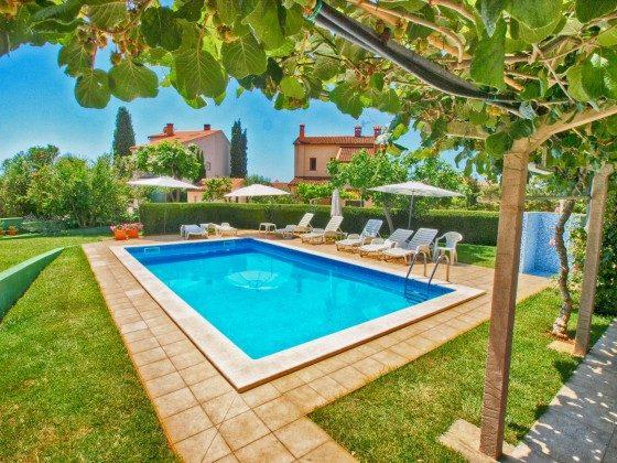 Pool und Poolterrasse - Objekt 160284-26