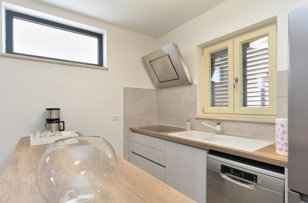 Küchenzeile - Bild 1 - Objekt 160284-335