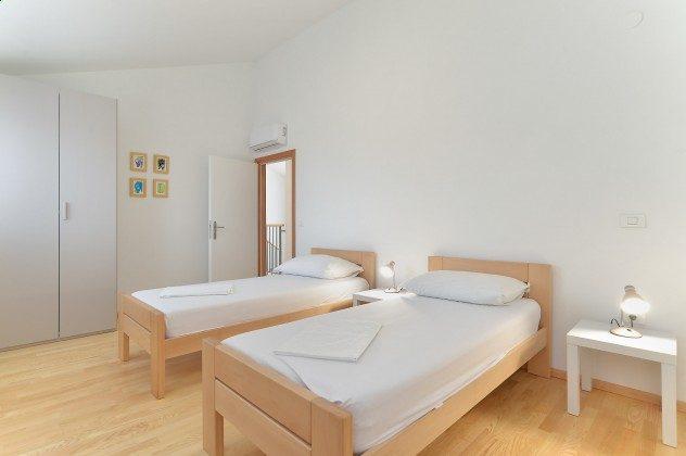 Schlafzimmer 4 - Bild 2 - Objekt 160284-335