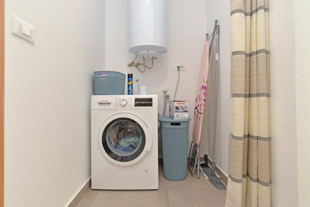 Abstellraum mit Waschmaschine - Objekt 160284-335