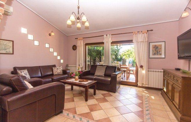 Wohnzimmer - Bild 2 - Objekt 160284-336