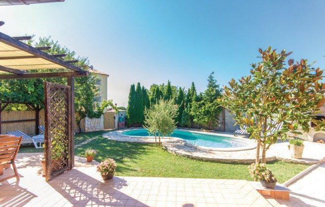 Pool und Garten - Bild 1 - Objekt 160284-336