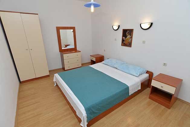 A6 Schlafzimmer 2