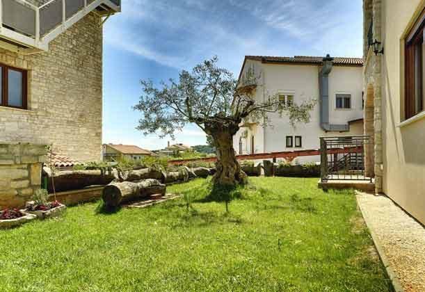 Rasenfläche am Haus - Objekt 138493-20
