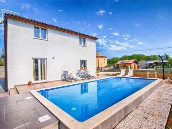 Haus und Pool - Bild 1 - Objekt 160284-170