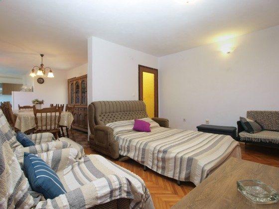 Wohnzimmer mit Schlafcouch - Bild 2 - Objekt 160284-365