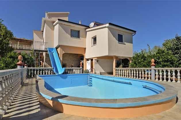 Haus und Pool - Bild 1 - Objekt 160284-55