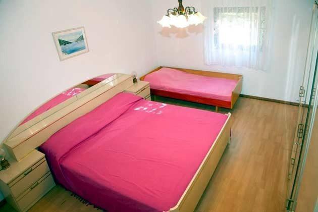 Schlafzimmer 1 - Bild 2 - Objekt 166792-1