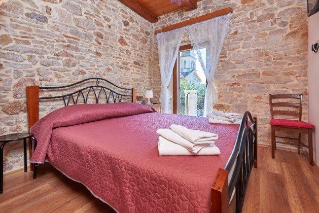 Schlafzimmer 1 - Bild 1 - Objekt 225602-3