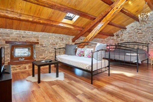 Schlafzimmer 3 - Bild 1 - Objekt 225602-3