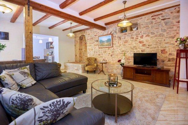 Wohnzimmer - Bild 1 - Objekt 225602-3