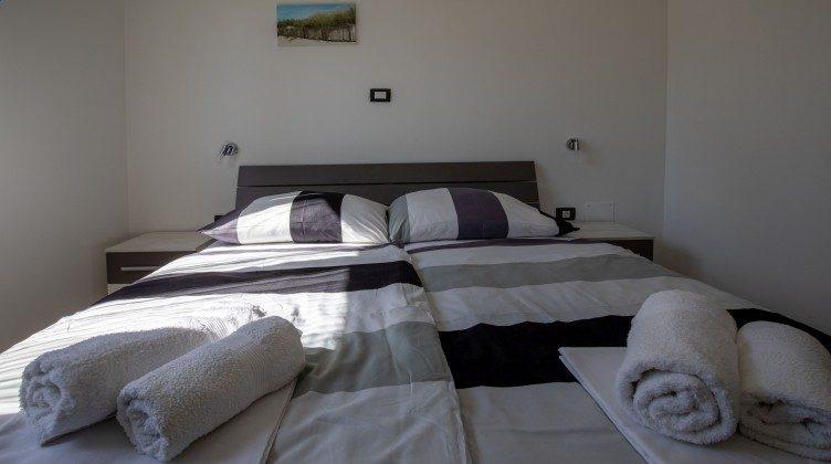 Schlafzimmer 1 - Bild 2 - Objekt 225602-9