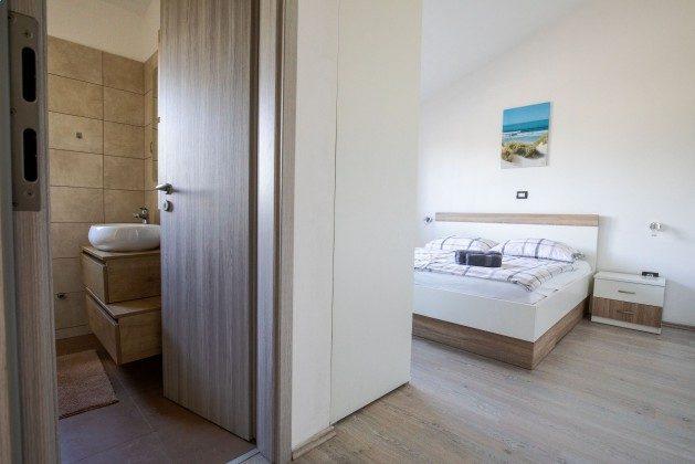 Schlafzimmer 2 - Bild 2 - Objekt 225602-9
