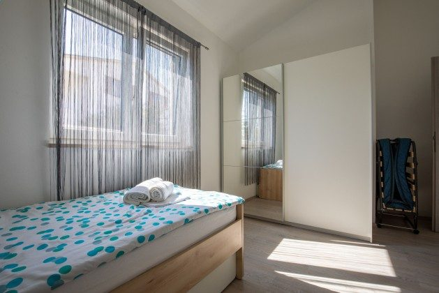 Schlafzimmer 3 - Bild 3 - Objekt 225602-9