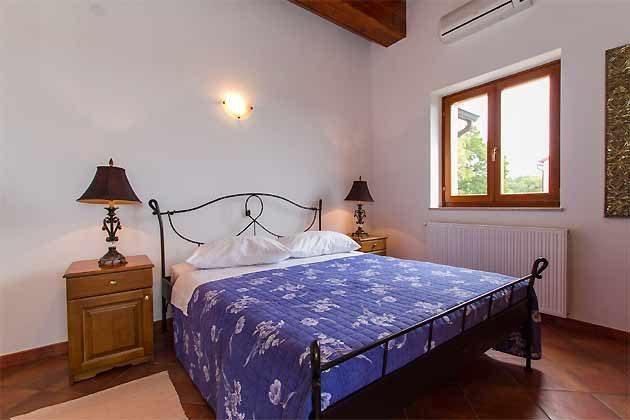 Schlafzimmer 2 von 4 - Objekt 160284-138