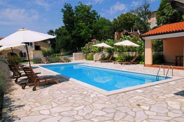 Pool 1 mit Grillterrasse - Bild 3 - Objekt 160284-138